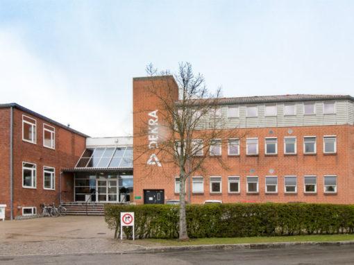 90 – Brøndby